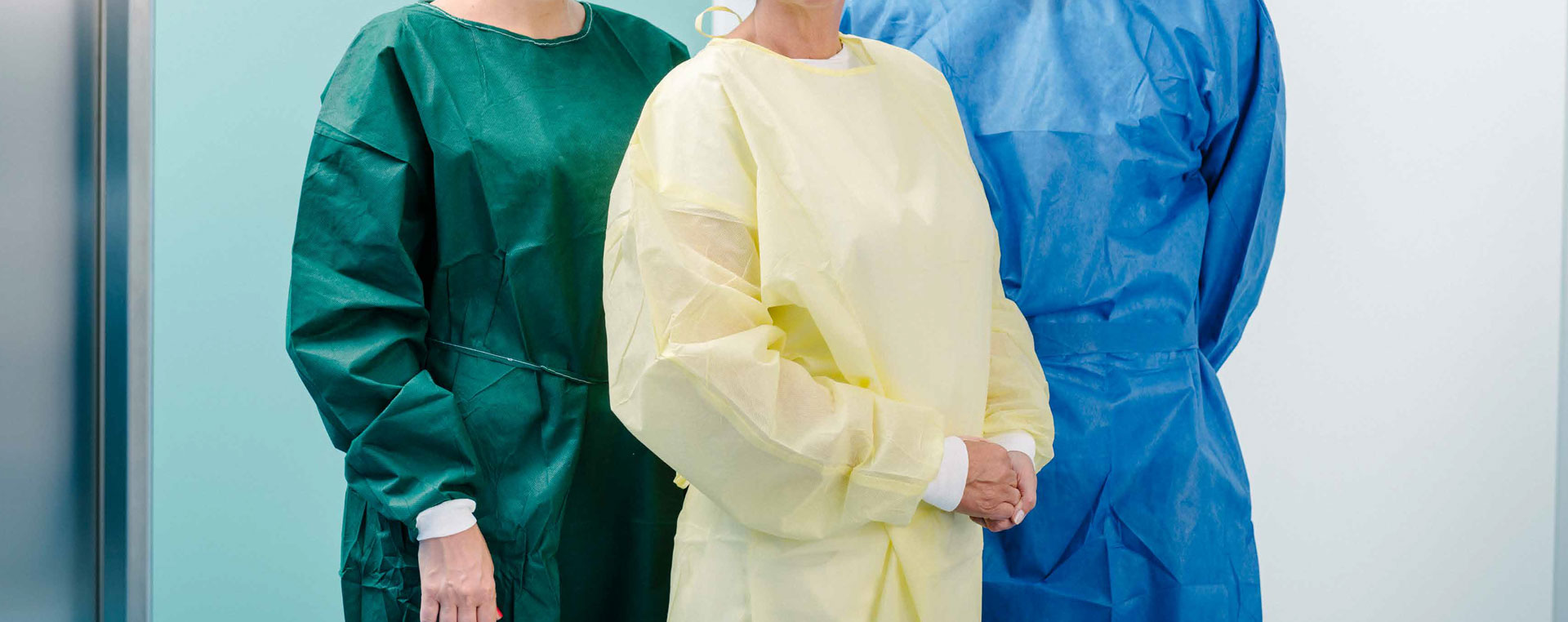 Patient and visitor´s gown